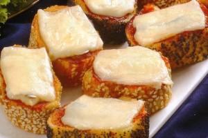 Mini-toasts aux anchois