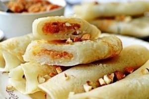 Baghrir aux dattes et graines de sésame