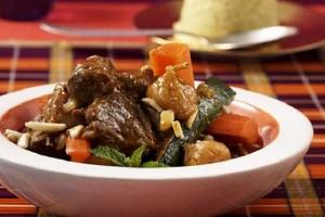 Tagine de boeuf aux légumes et fruits secs