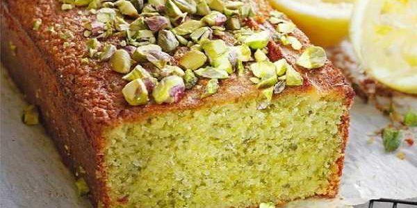 Cake aux pommes et pistaches