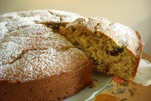 Cake aux pruneaux et aux abricots